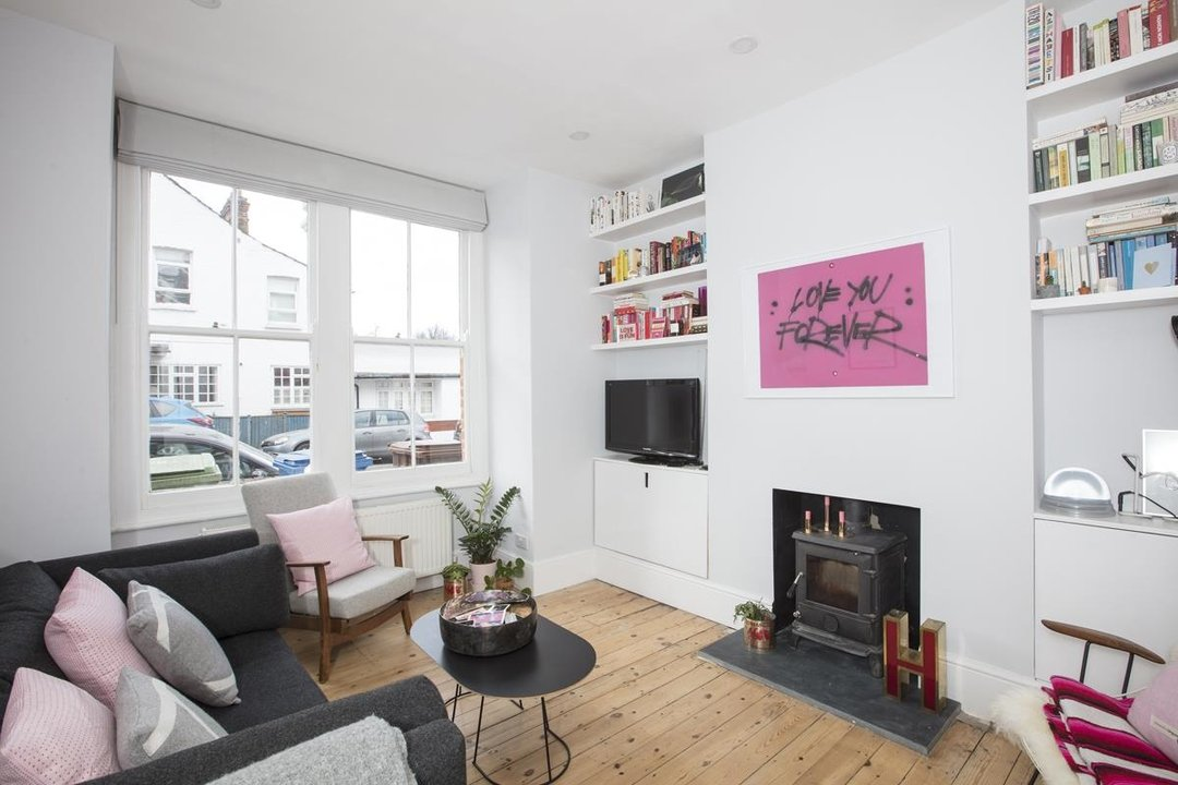 House - Terraced For Sale in Waveney Avenue, SE15 263 view4