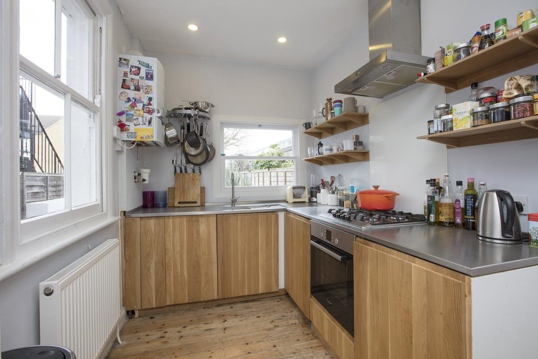 House - Terraced For Sale in Waveney Avenue, SE15 263 view7