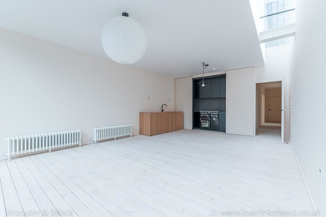 Flat/Apartment For Sale in Westbourne Drive, SE23 124 view1