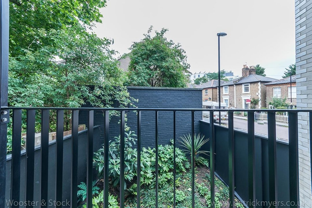 Flat/Apartment For Sale in Westbourne Drive, SE23 124 view14