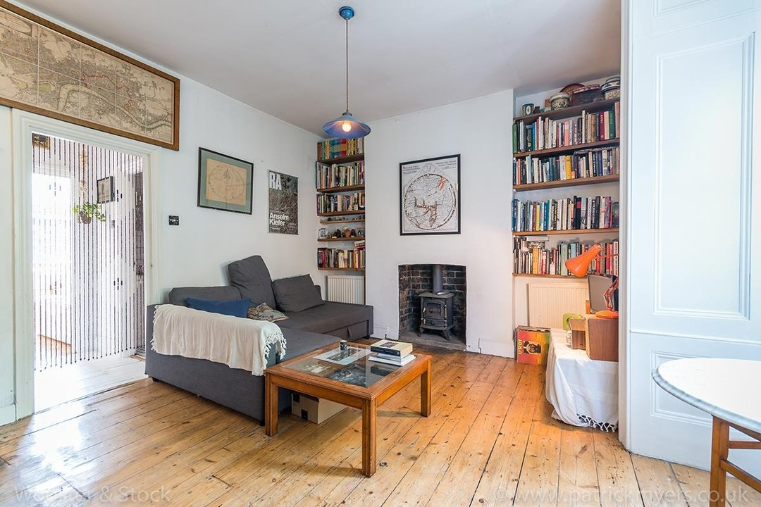 Flat - Conversion Sold in Wilson Road, SE5 108 view1