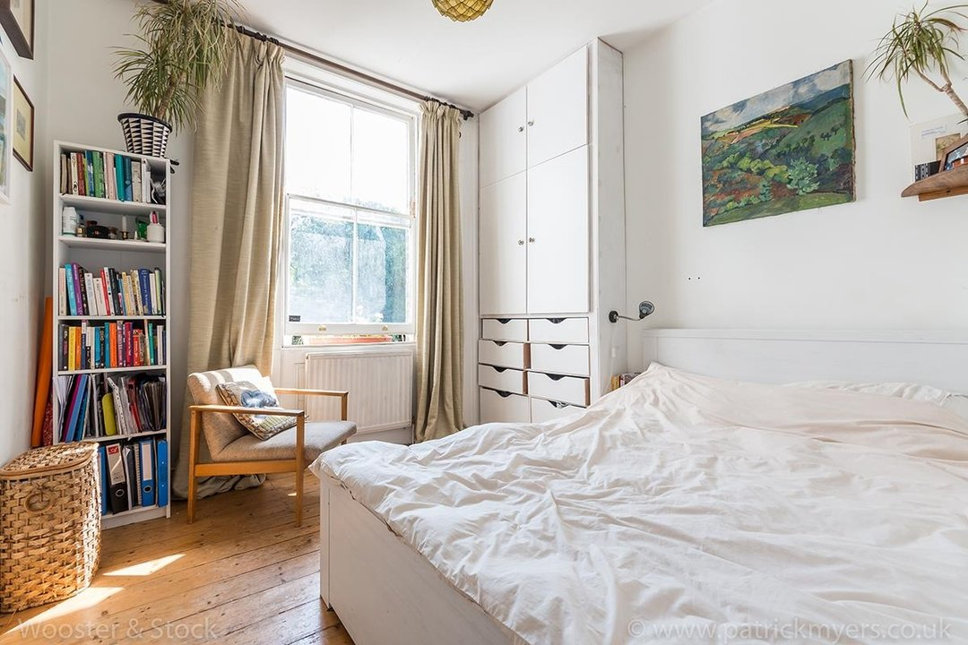 Flat - Conversion Sold in Wilson Road, SE5 108 view7