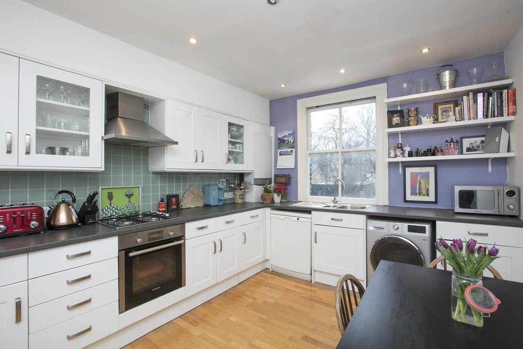 Flat/Apartment Sale Agreed in Wilson Road, SE5 286 view6