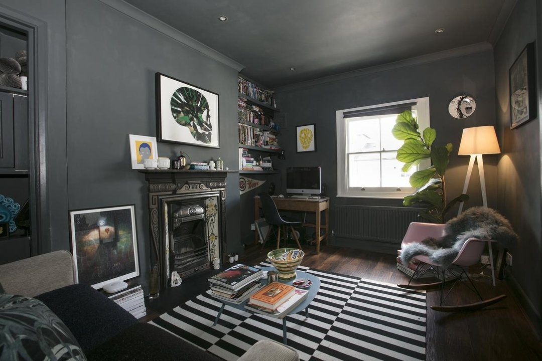 Flat - Conversion For Sale in Wilson Road, SE5 323 view2