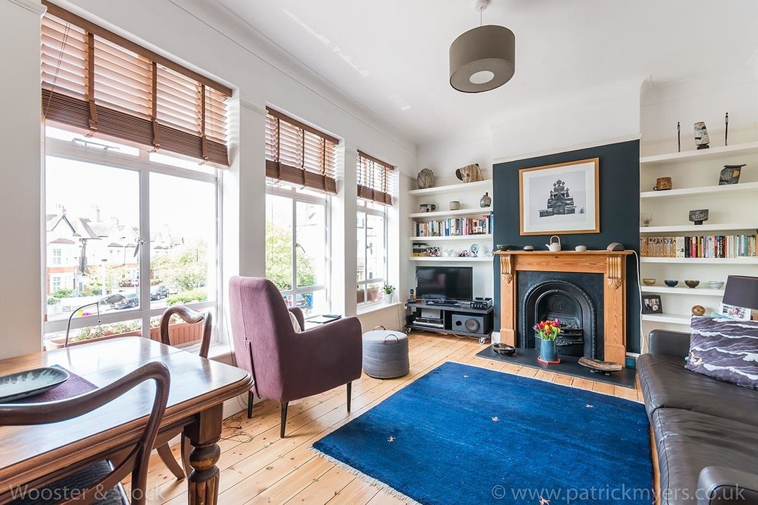 Flat - Above Shop For Sale in Woodwarde Road, SE22 73 view1