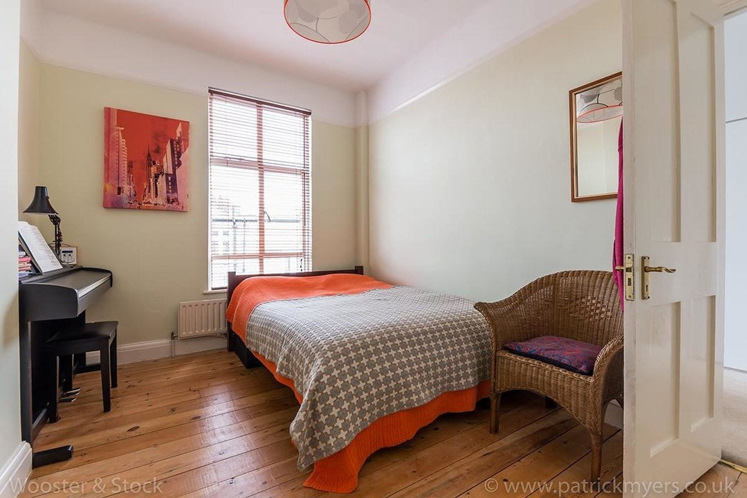 Flat - Above Shop For Sale in Woodwarde Road, SE22 73 view8