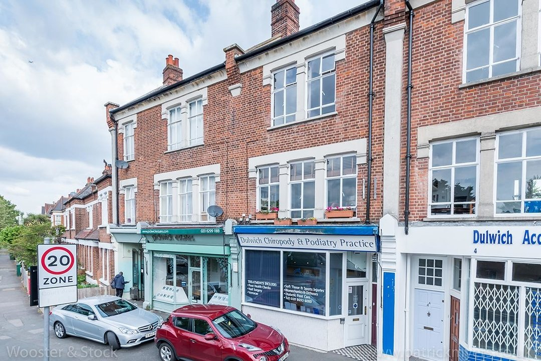 Flat - Above Shop Sale Agreed in Woodwarde Road, SE22 73 view1