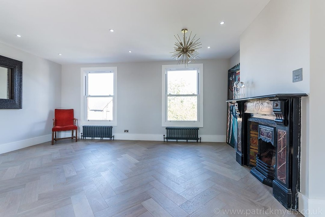 Flat - Conversion Sale Agreed in York Grove, SE15 26 view5