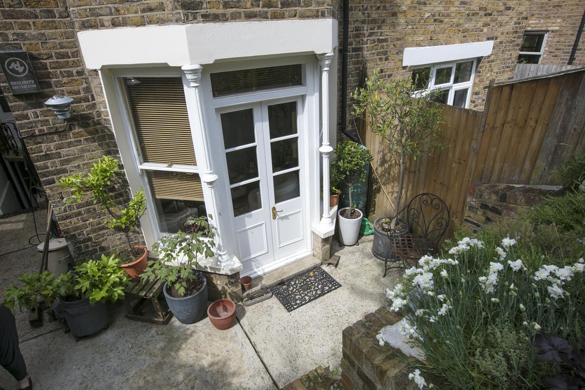 House - End Terrace Sold in Arbuthnot Road, SE14 338 view13