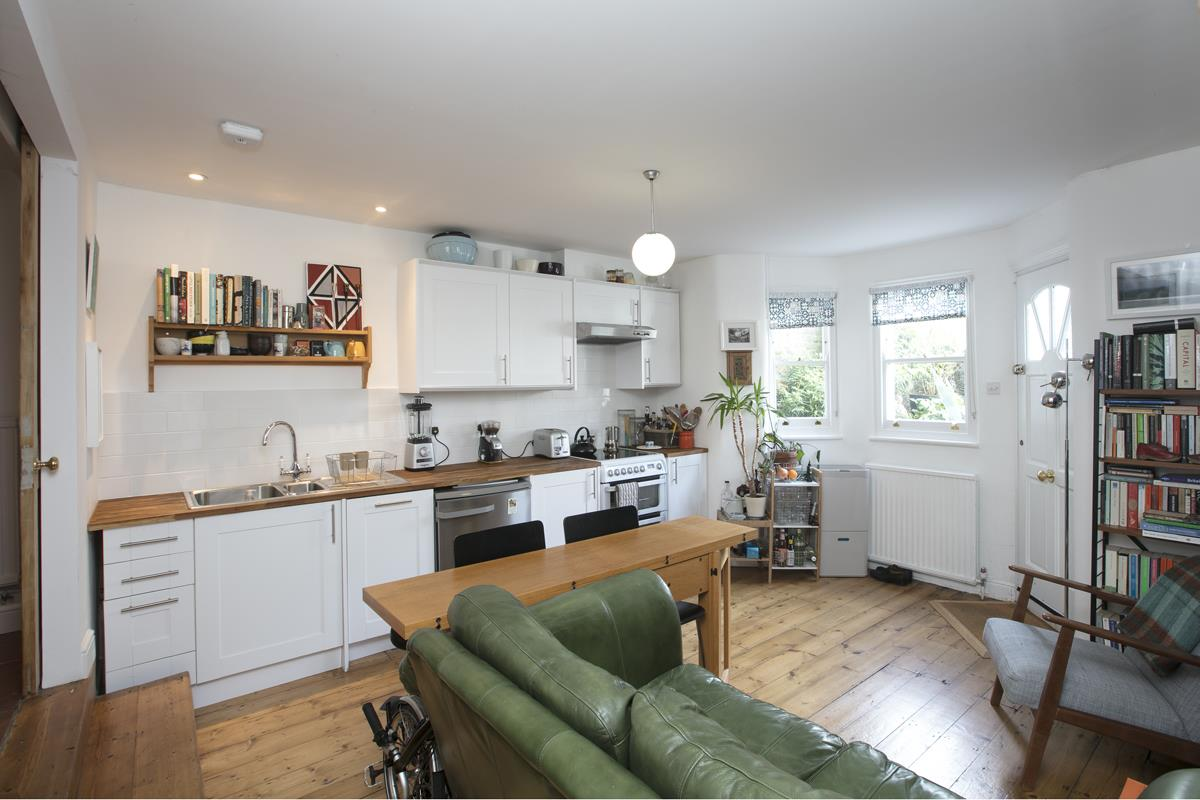 House - End Terrace Sold in Arbuthnot Road, SE14 338 view22