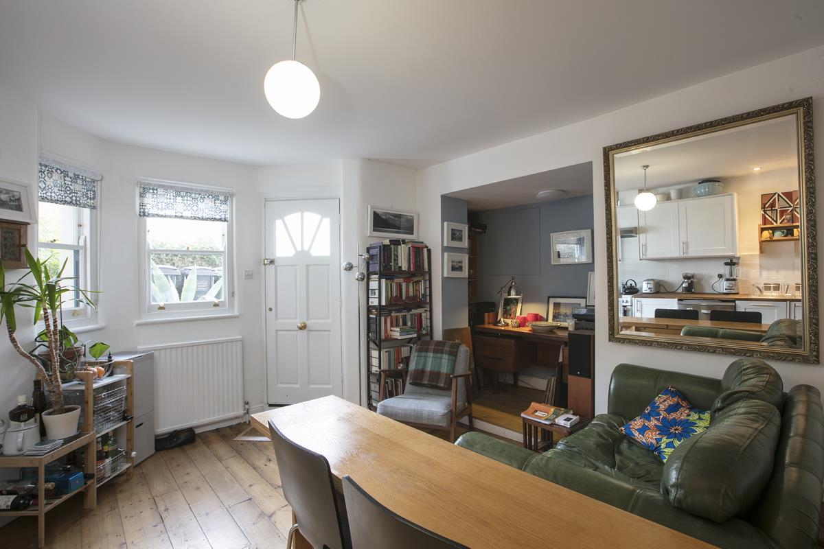House - End Terrace Sold in Arbuthnot Road, SE14 338 view41