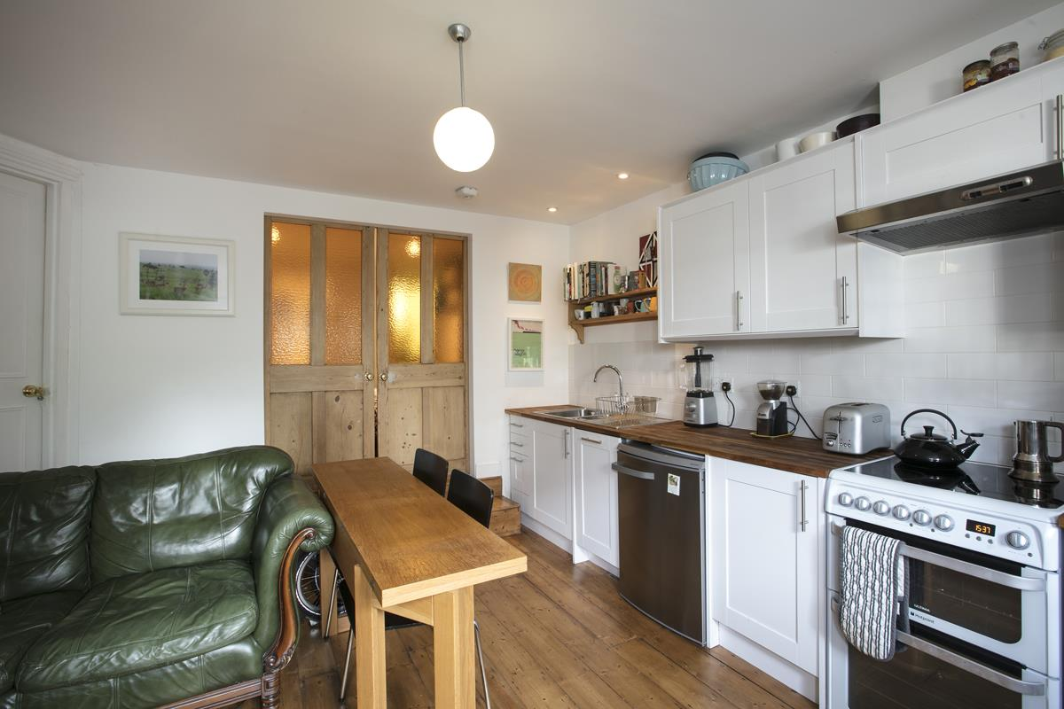 House - End Terrace Sold in Arbuthnot Road, SE14 338 view23