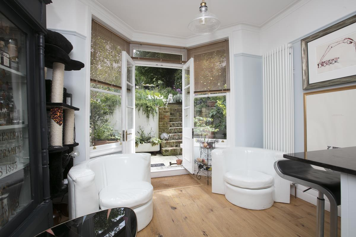House - End Terrace Sold in Arbuthnot Road, SE14 338 view7