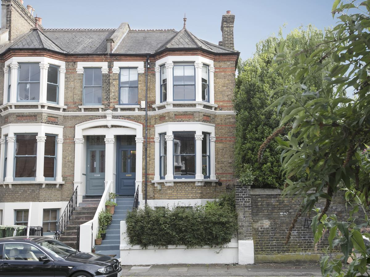 House - End Terrace Sold in Arbuthnot Road, SE14 338 view1