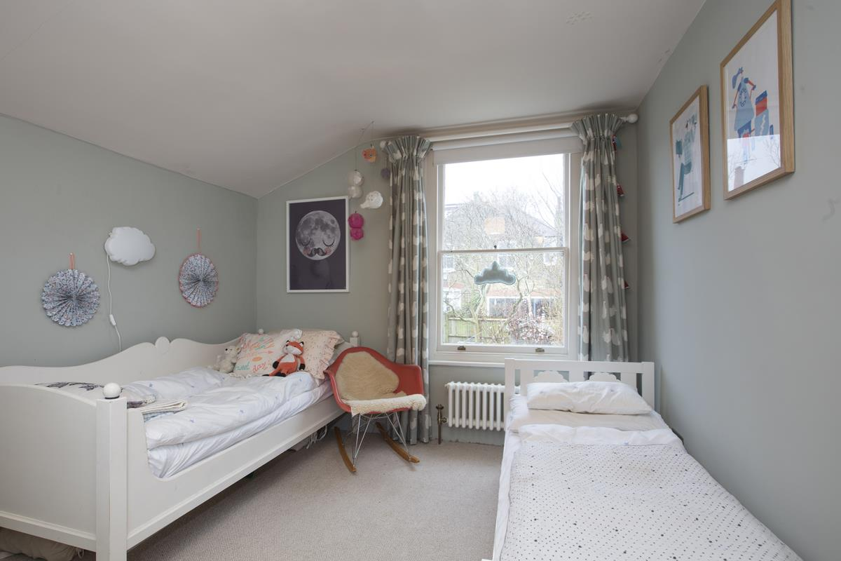 House - Terraced Sold in Bicknell Road, SE5 251 view5