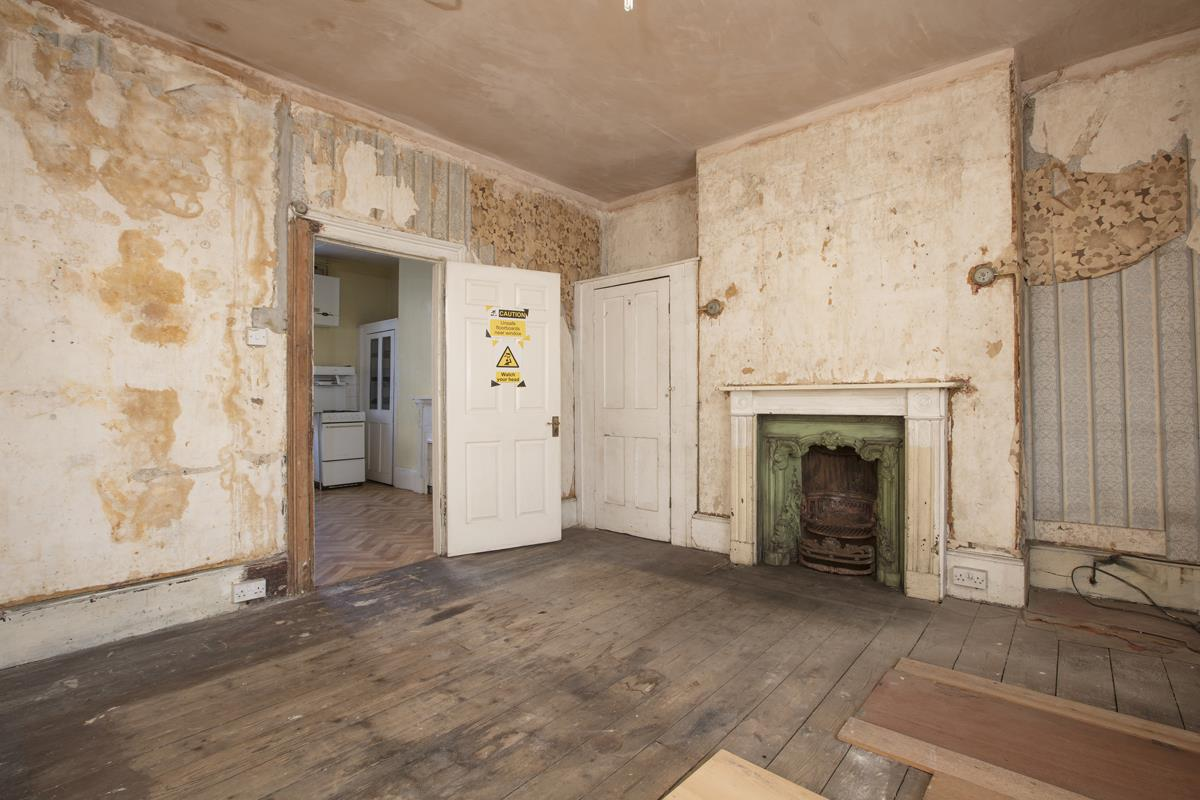 House - Terraced Sale Agreed in Camberwell Grove, SE5 237 view16
