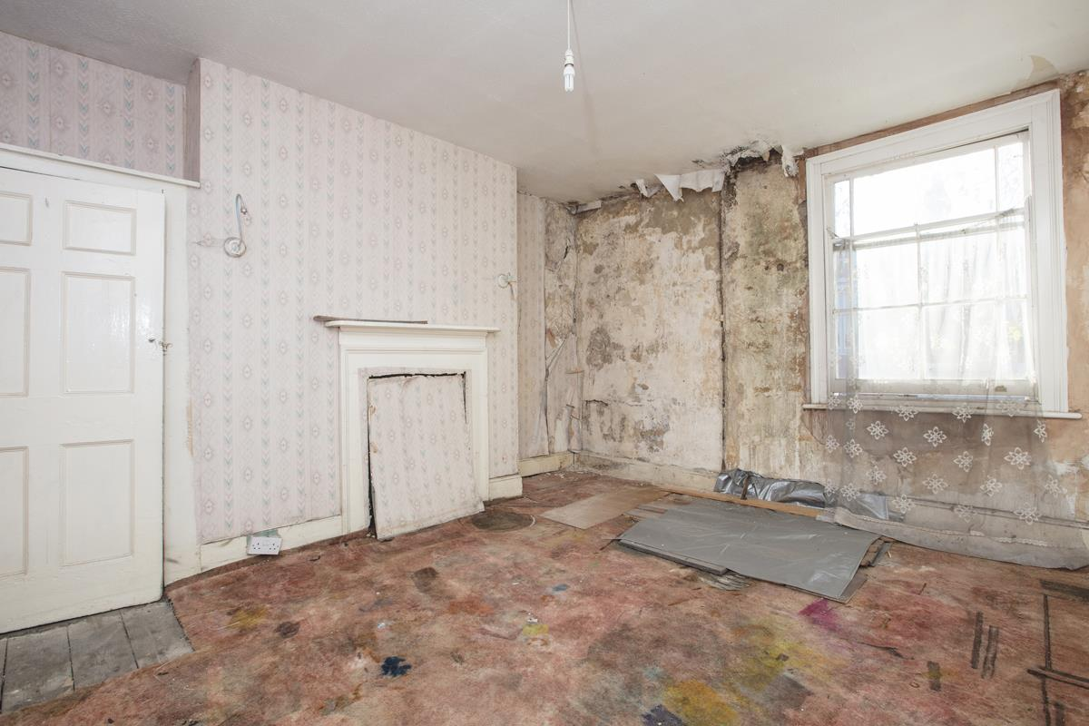 House - Terraced Sale Agreed in Camberwell Grove, SE5 237 view13