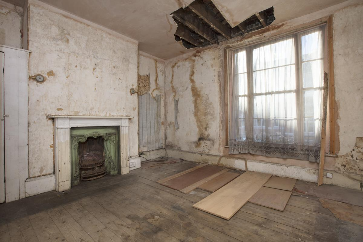 House - Terraced Sale Agreed in Camberwell Grove, SE5 237 view3