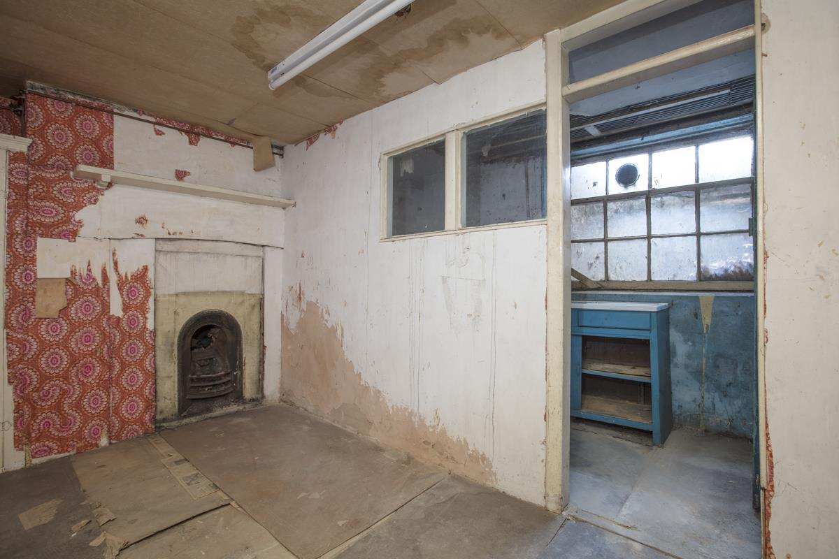 House - Terraced Sale Agreed in Camberwell Grove, SE5 237 view11