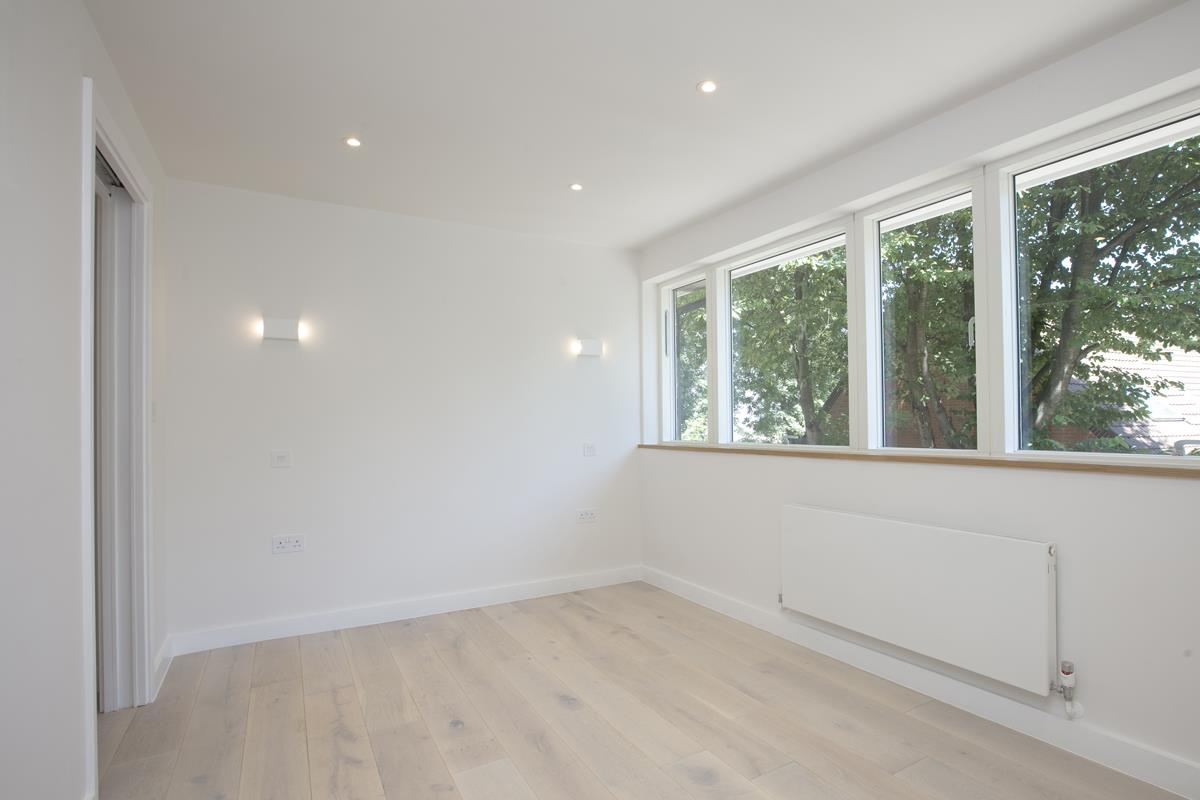 House - End Terrace For Sale in Camberwell Grove, SE5 352 view20