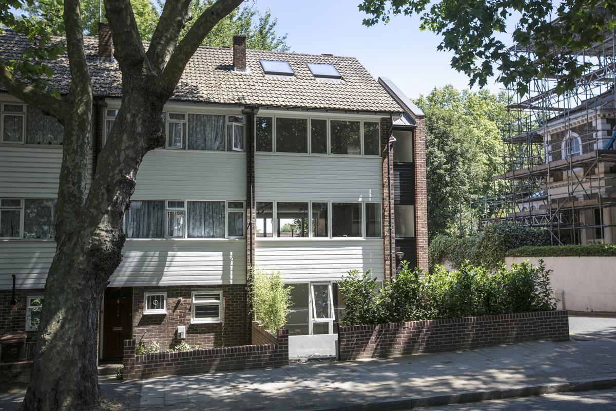 House - End Terrace For Sale in Camberwell Grove, SE5 352 view6