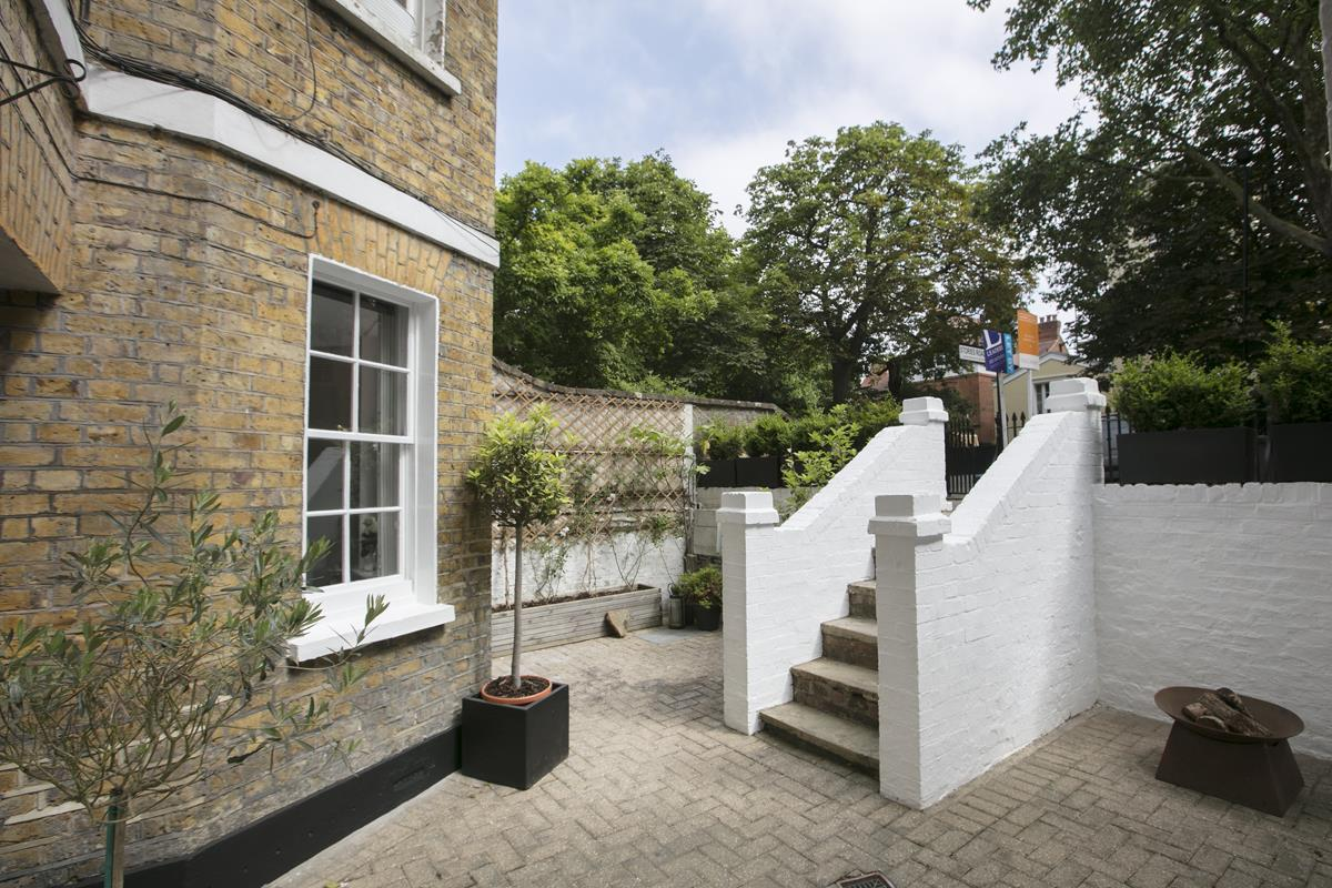 Flat - Conversion For Sale in Camberwell Grove, SE5 353 view6
