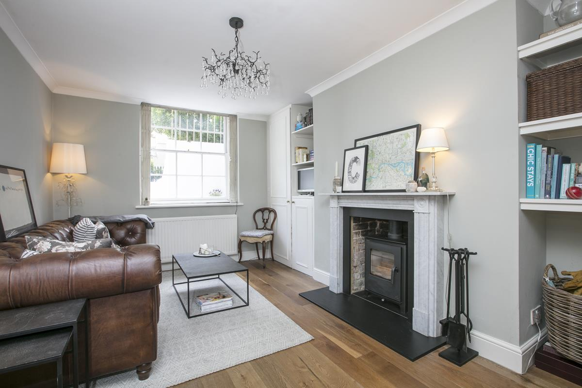 Flat - Conversion For Sale in Camberwell Grove, SE5 353 view1