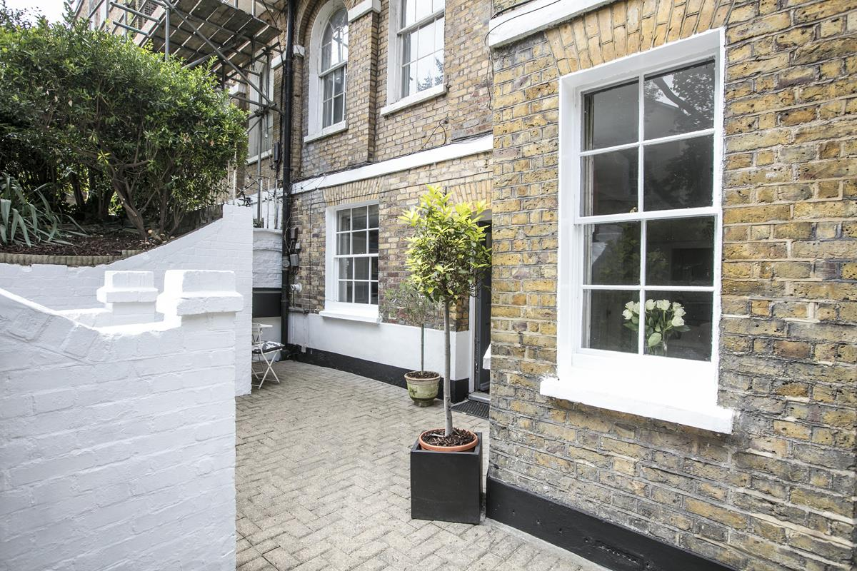 Flat - Conversion For Sale in Camberwell Grove, SE5 353 view10