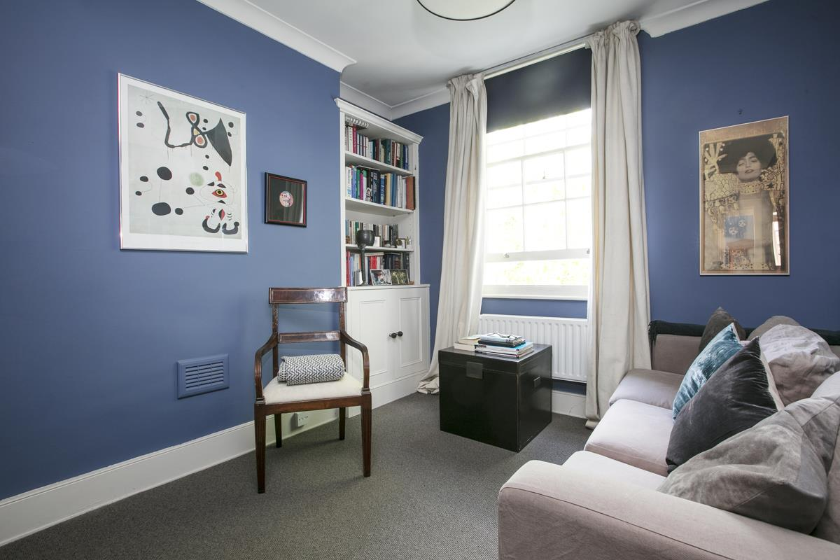 House - Terraced Sale Agreed in Camberwell Grove, SE5 357 view15