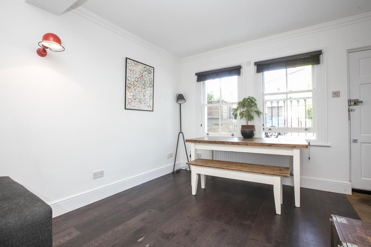 Flat - Conversion For Sale in Camberwell New Road, SE5 355 view8