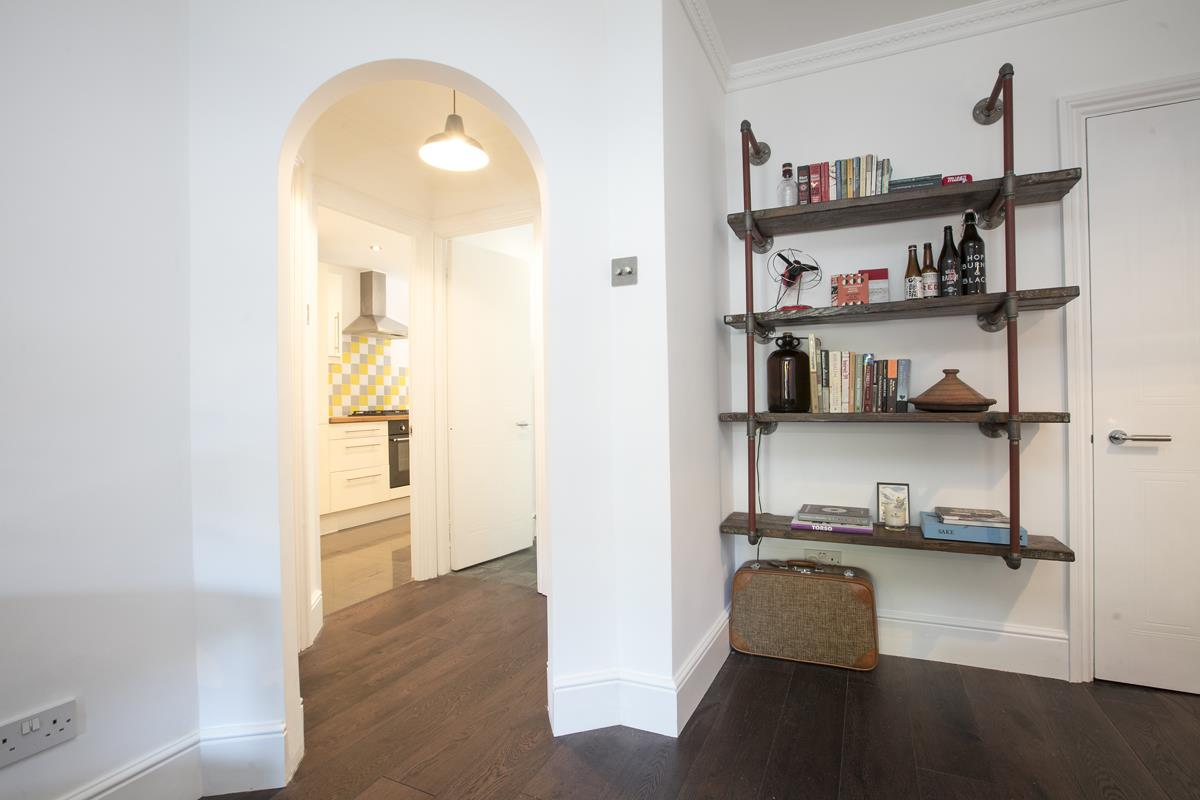Flat - Conversion For Sale in Camberwell New Road, SE5 355 view9