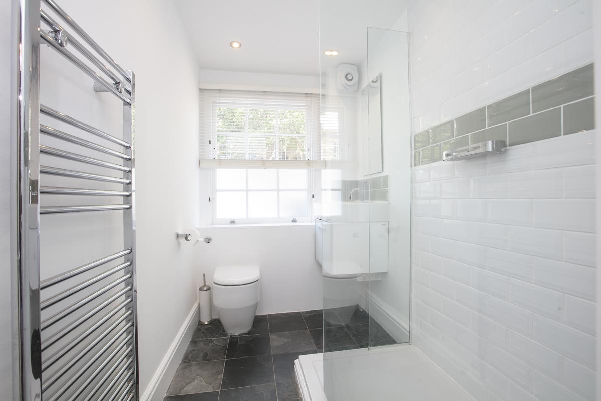 Flat - Conversion For Sale in Camberwell New Road, SE5 355 view7