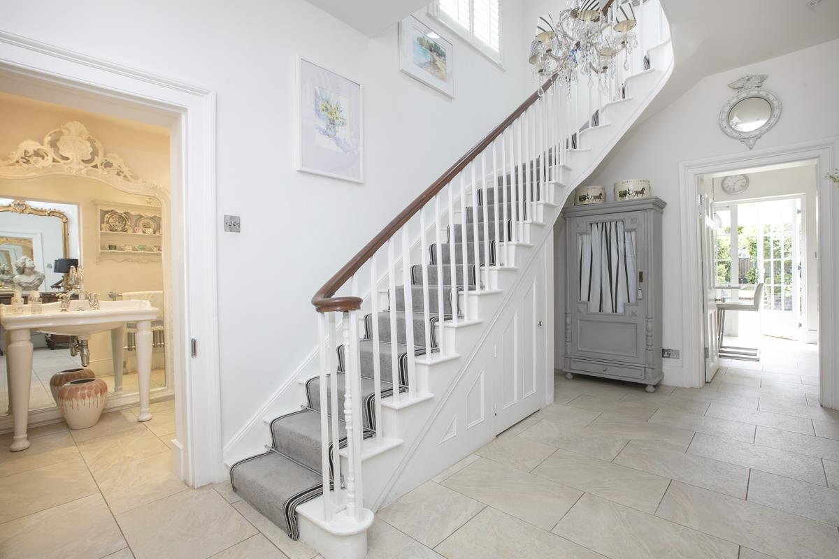 House - Semi-Detached For Sale in Champion Grove, SE5 364 view10