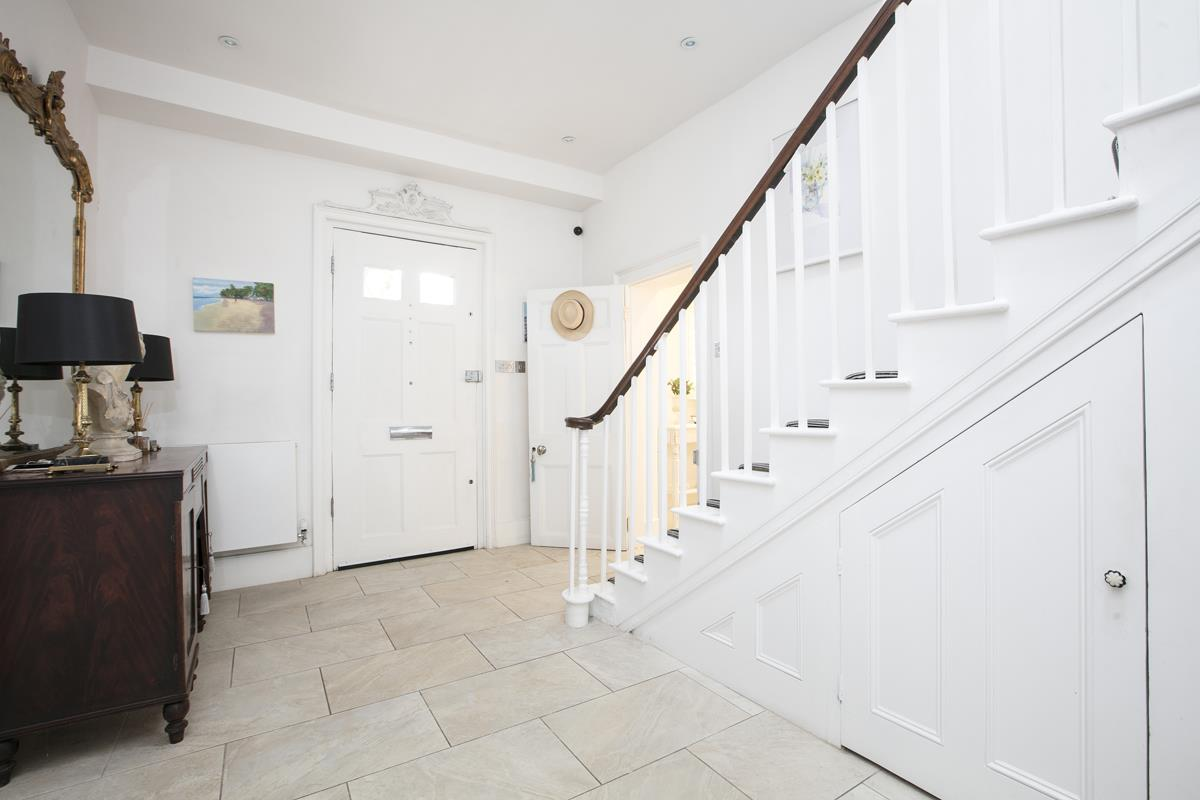 House - Semi-Detached For Sale in Champion Grove, SE5 364 view25