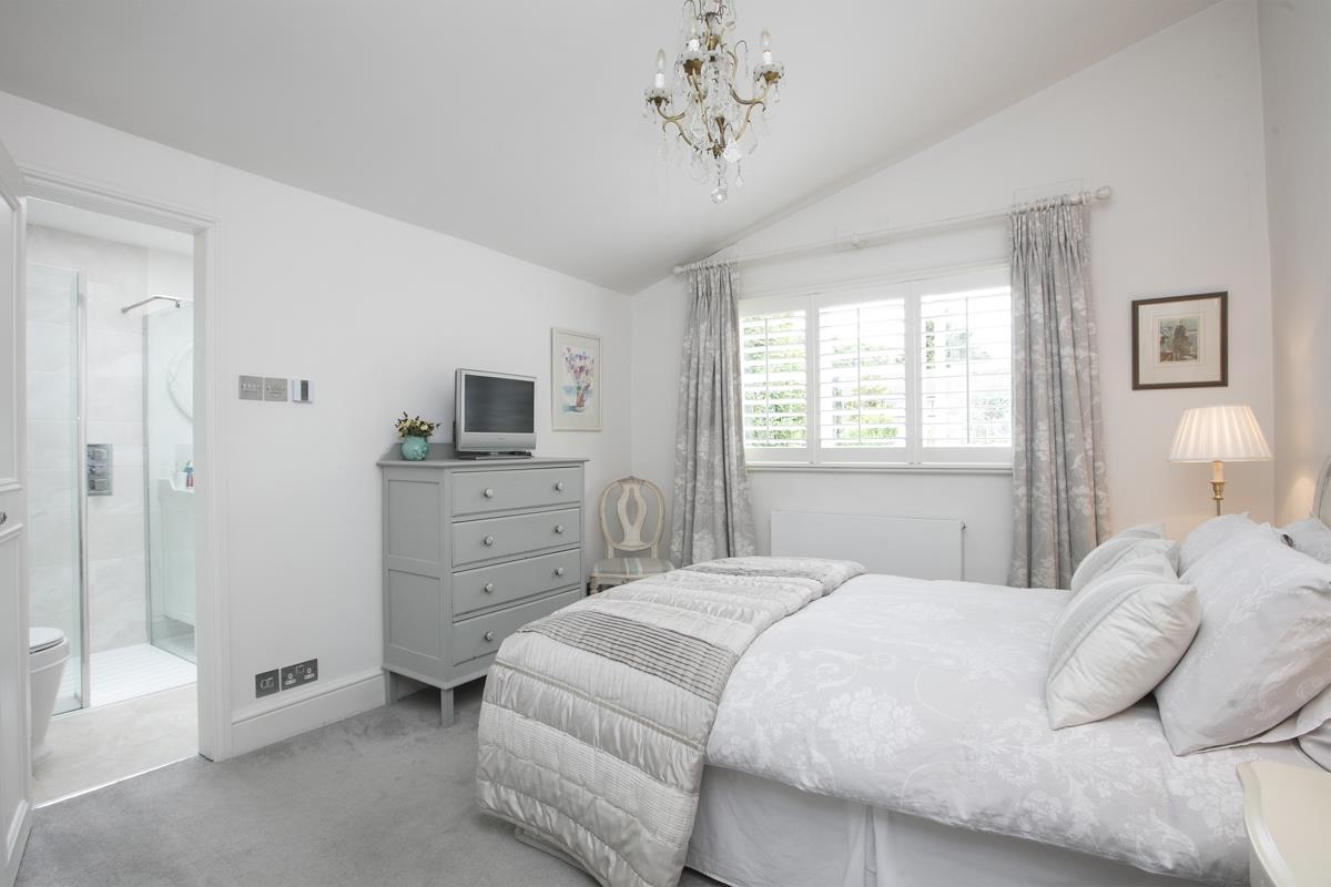 House - Semi-Detached For Sale in Champion Grove, SE5 364 view21