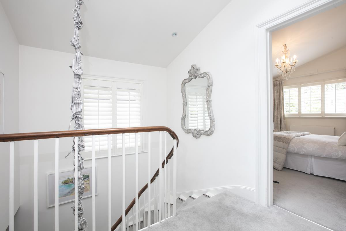 House - Semi-Detached For Sale in Champion Grove, SE5 364 view23
