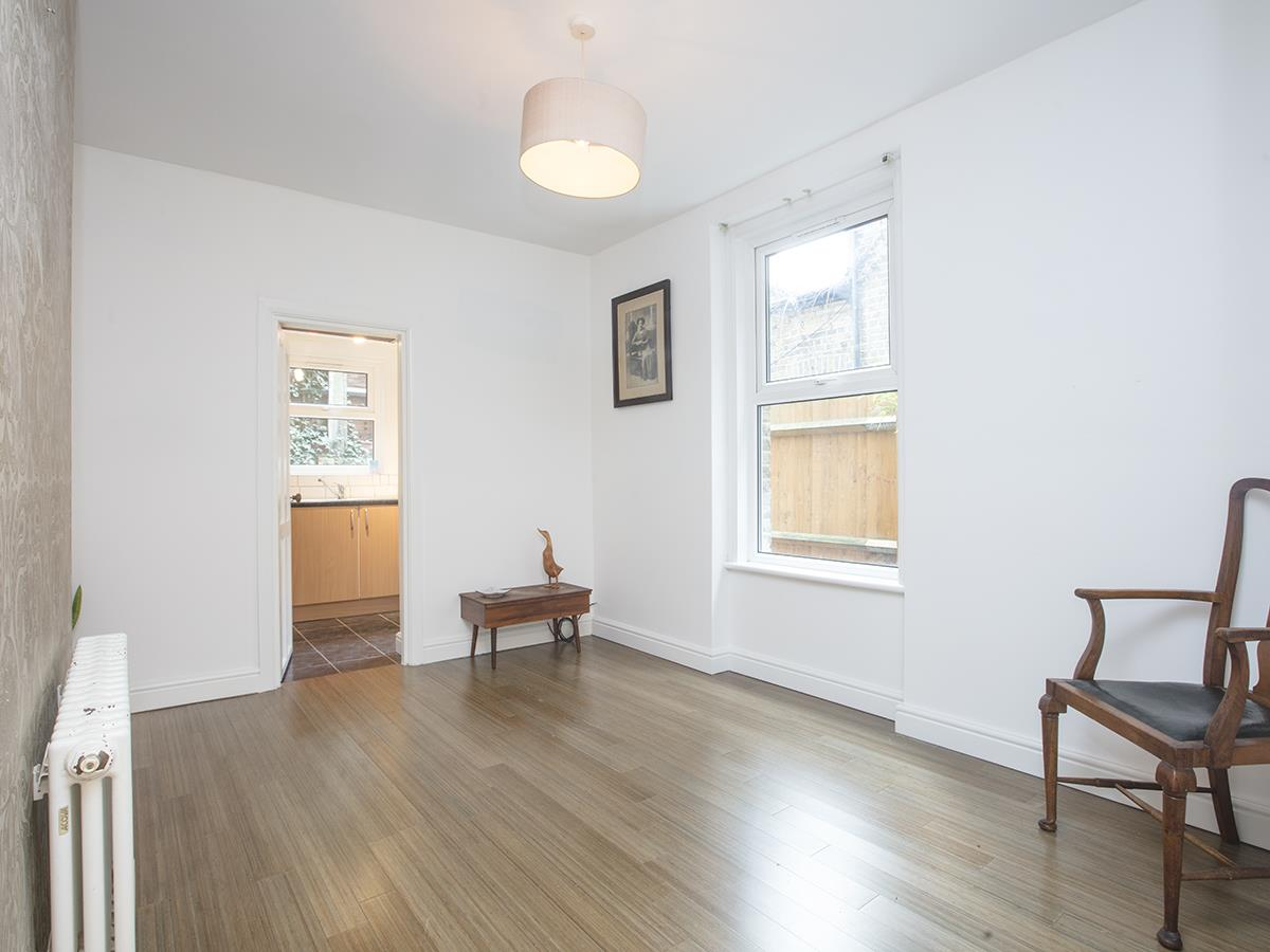 Flat - Conversion For Sale in Coldharbour Lane, SE5 250 view3