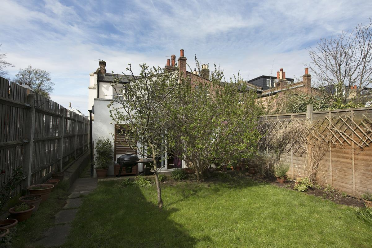 Flat - Conversion Sale Agreed in Consort Road, SE15 305 view10