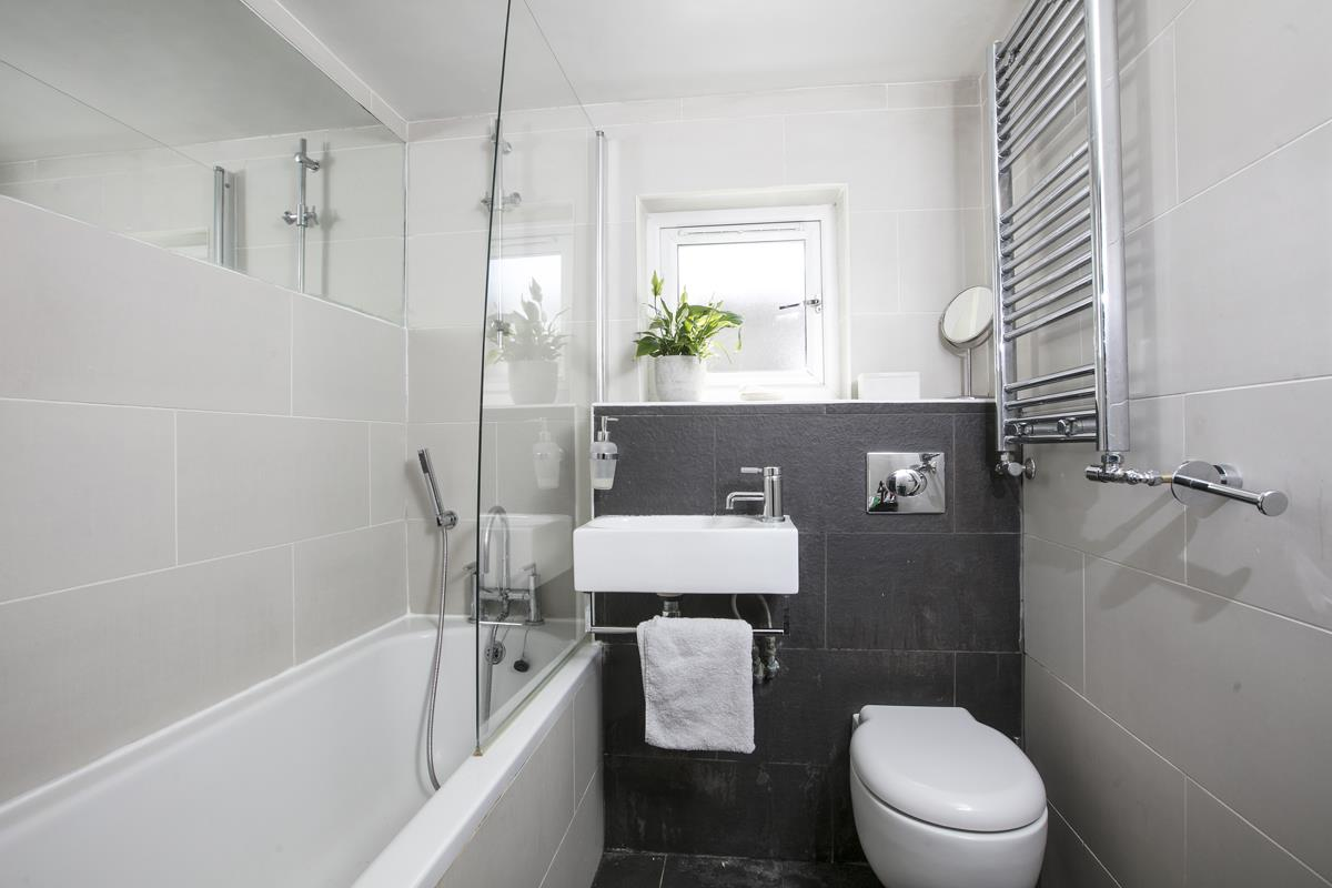 Flat - Conversion Sale Agreed in Consort Road, SE15 305 view8