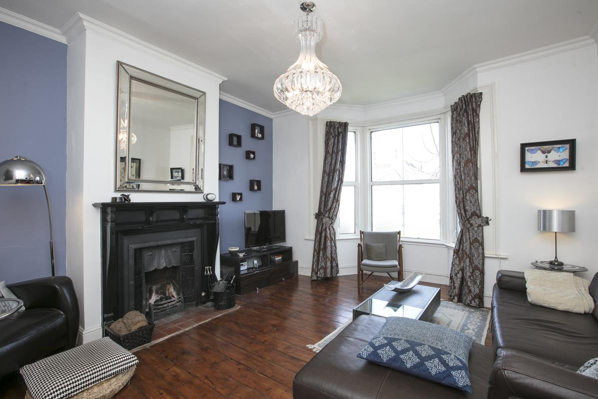 Flat - Conversion Sale Agreed in Consort Road, SE15 305 view3
