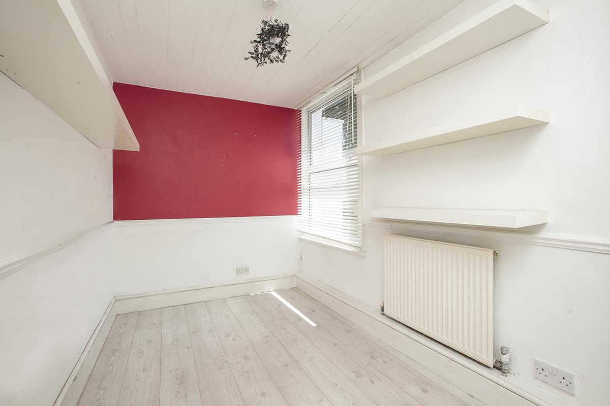 Flat - Conversion Sale Agreed in Consort Road, SE15 305 view9