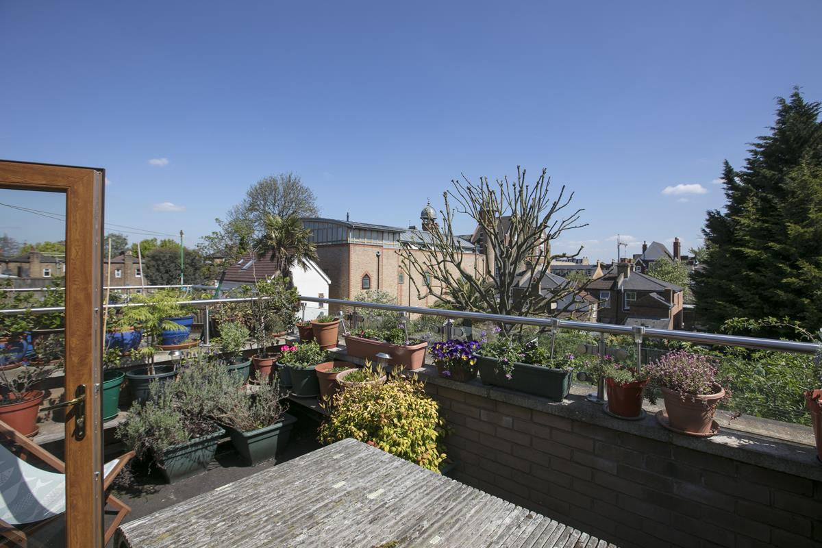 House - Terraced Sale Agreed in Costa Street, SE15 321 view3