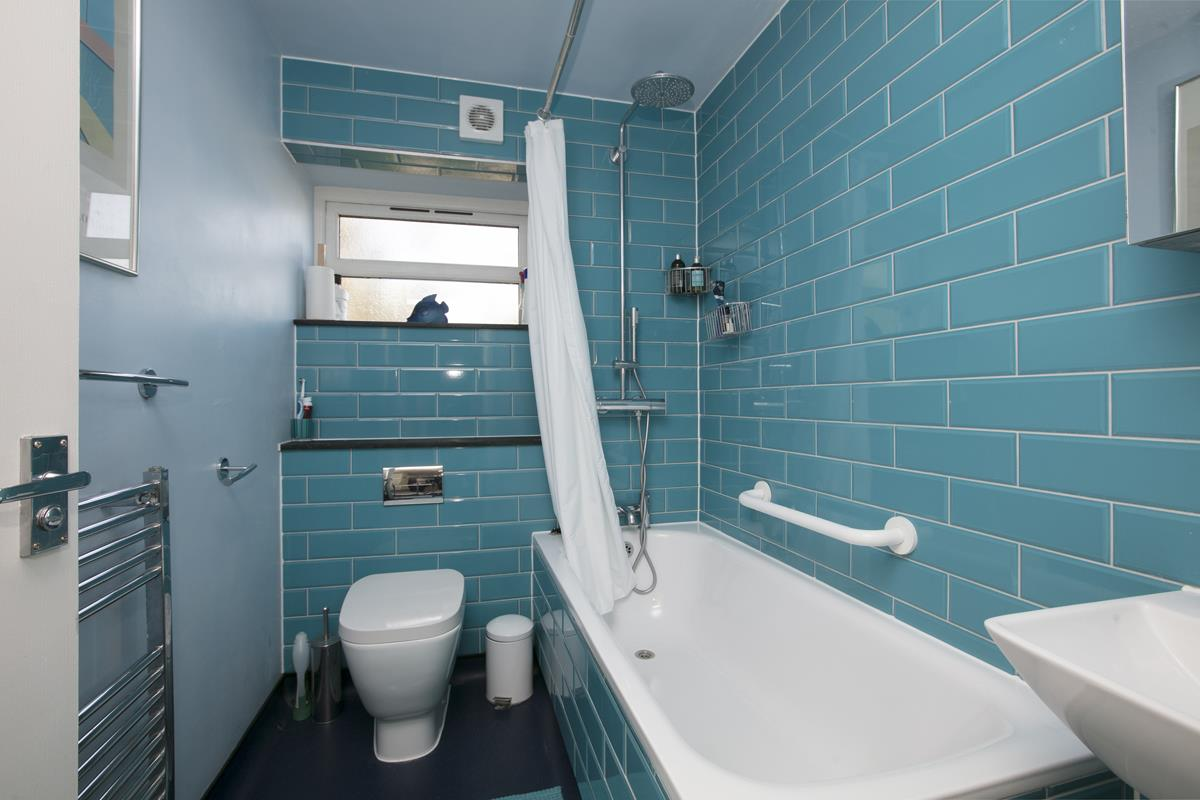 House - Terraced Sale Agreed in Costa Street, SE15 321 view8