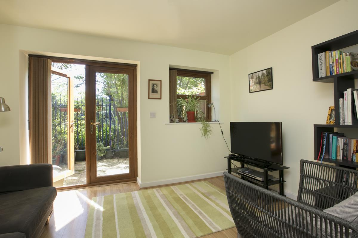 House - Terraced Sale Agreed in Costa Street, SE15 321 view9