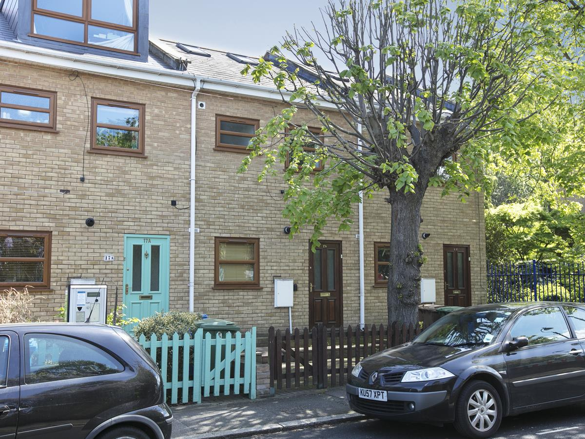 House - Terraced Sale Agreed in Costa Street, SE15 321 view2