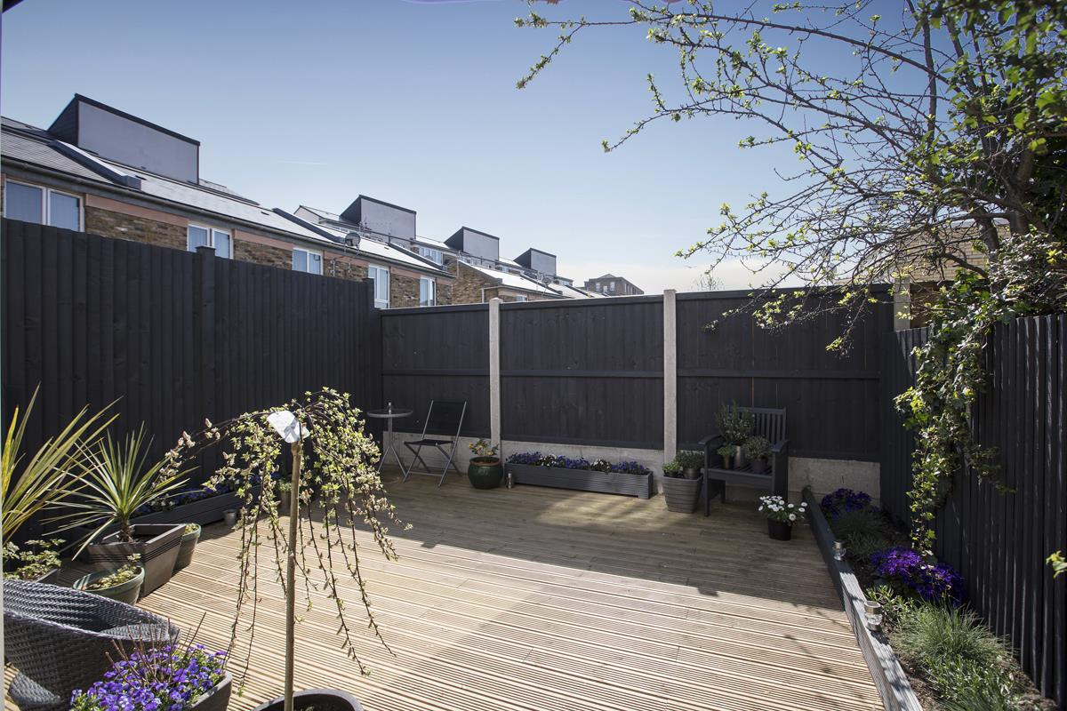 House - End Terrace Sale Agreed in Cromwell Road, SW9 316 view5