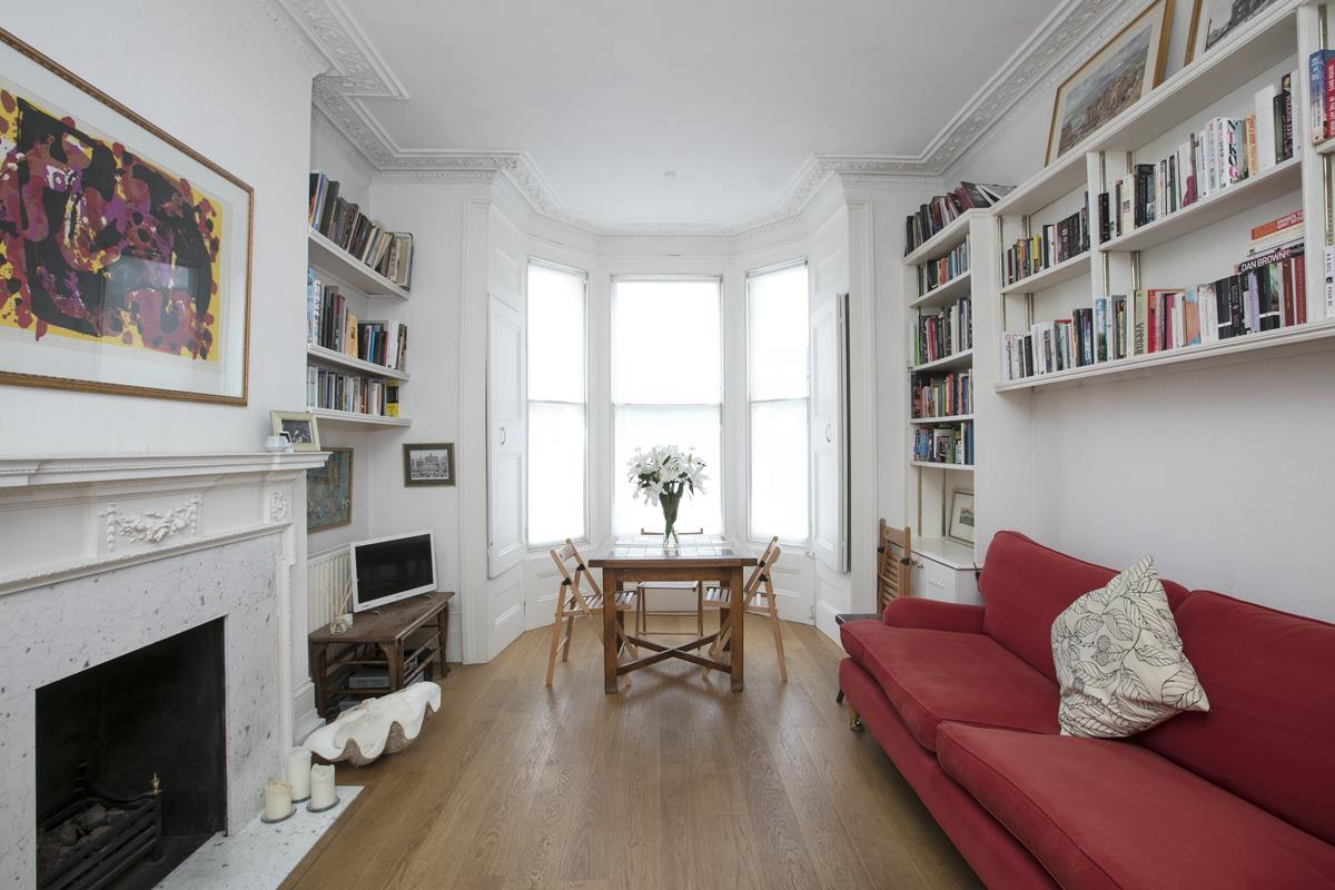 Flat/Apartment Sale Agreed in Dagmar Road, SE5 272 view1