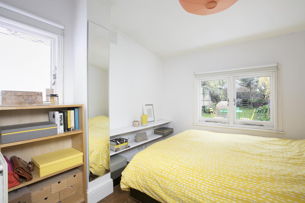 Flat - Conversion Sold in Denman Road, SE15 298 view6