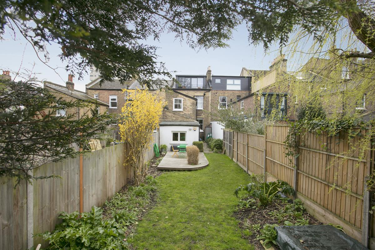 Flat - Conversion Sold in Denman Road, SE15 298 view2