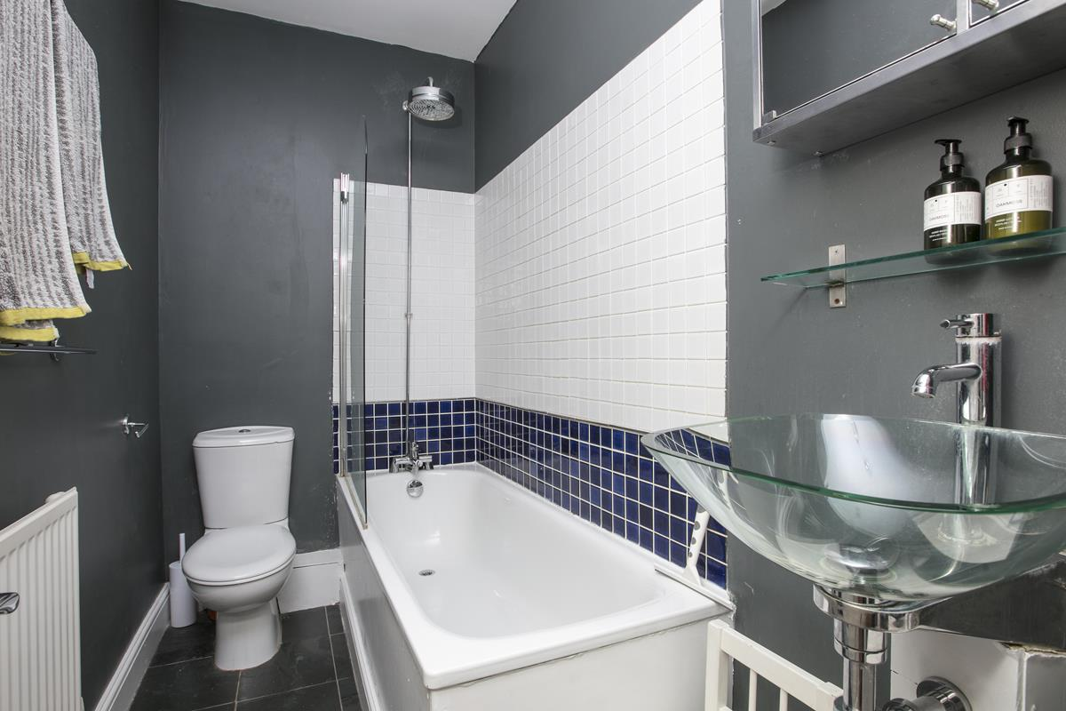 Flat - Conversion Sold in Denman Road, SE15 298 view9